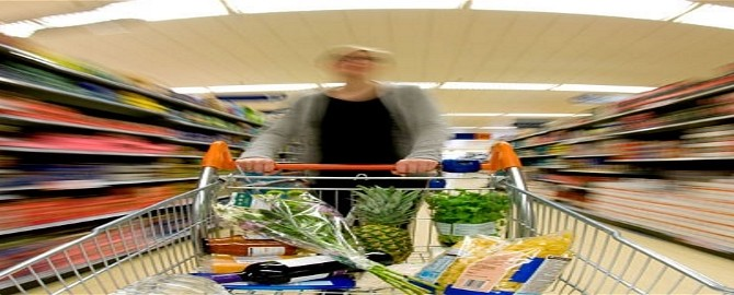 Do deprived households have less healthy shopping baskets?